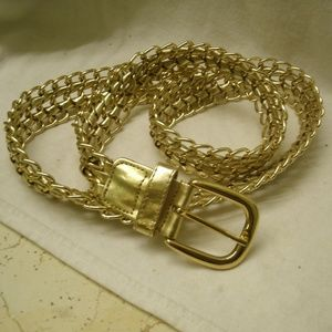 Accessories - vtg Gold Chain & Faux Leather Fashion Belt Size L